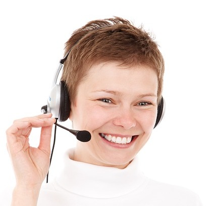 Why A Smile Will Improve Your Customer Service Experience